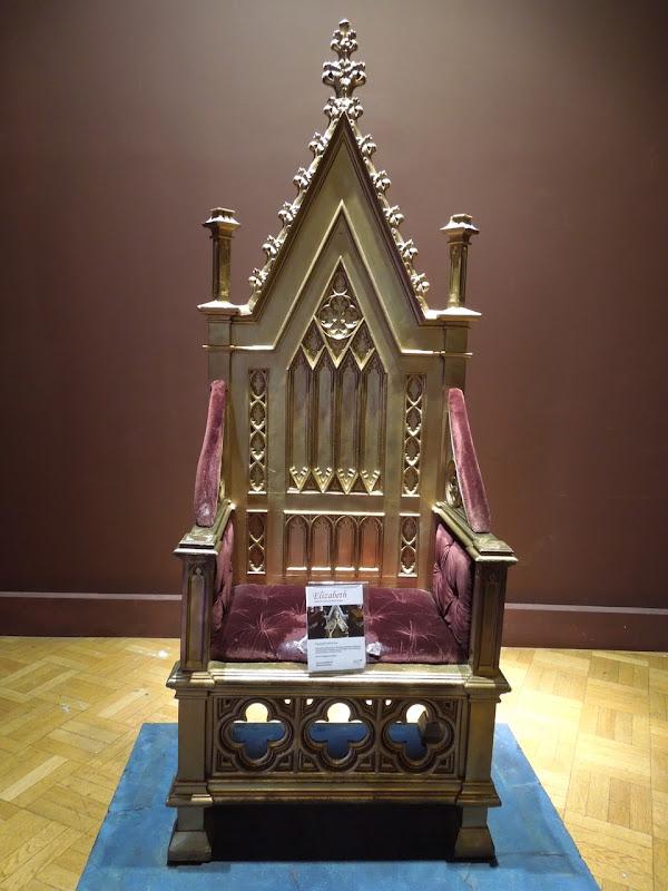 Elizabeth gold throne movie prop