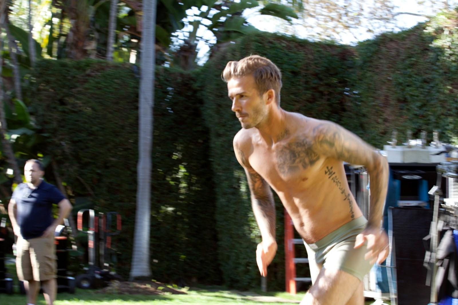 http://2.bp.blogspot.com/--nKJznMWLnE/UPLquBUyr5I/AAAAAAAARt8/Lzjre_zXVcY/s1600/David+Beckham+naked+underwear+bodywear+H%2526M+Guy+Ritchie.jpg