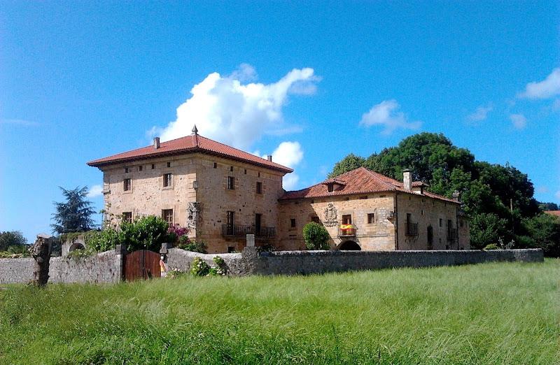 Palacio de los Fernandez Velasco en Entrambasaguas