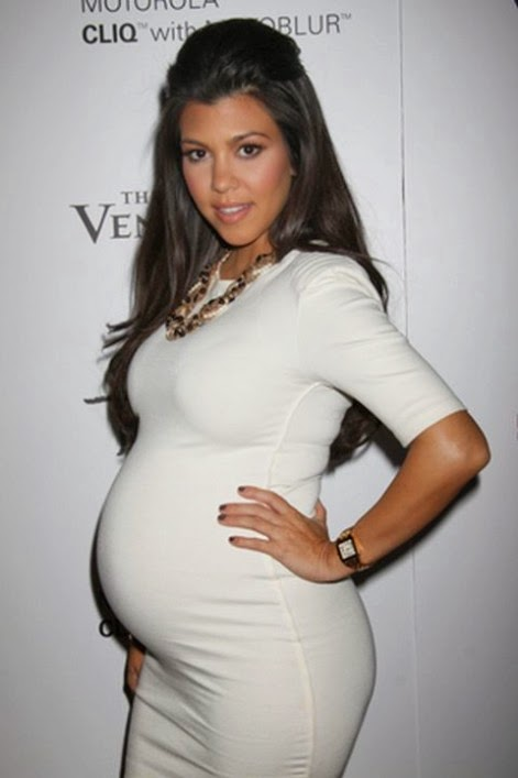 Kourtney Kardashian Delivers a Baby Boy!