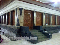 Wisata Religi di Makam Kadilangu Sunan Kalijaga Demak
