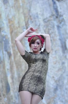 Rok mini Chant Felicia