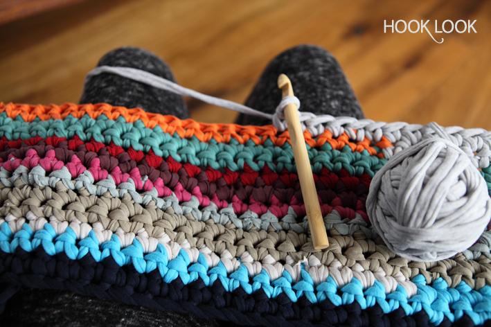 mon projet de tapis en t shirts recycl s hooklook m li m lo d 39 id es en laine et au crochet. Black Bedroom Furniture Sets. Home Design Ideas