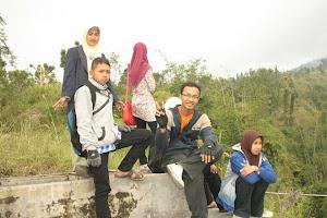 Happy-Happy di Lereng Merapi