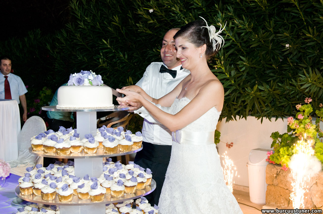Cake Story Cupcake Towers for Weddings in Cyprus
