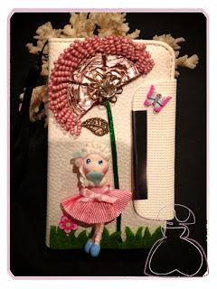 Funda para iPhone 4 y 4s decorada por Sylvia Lopez Morant