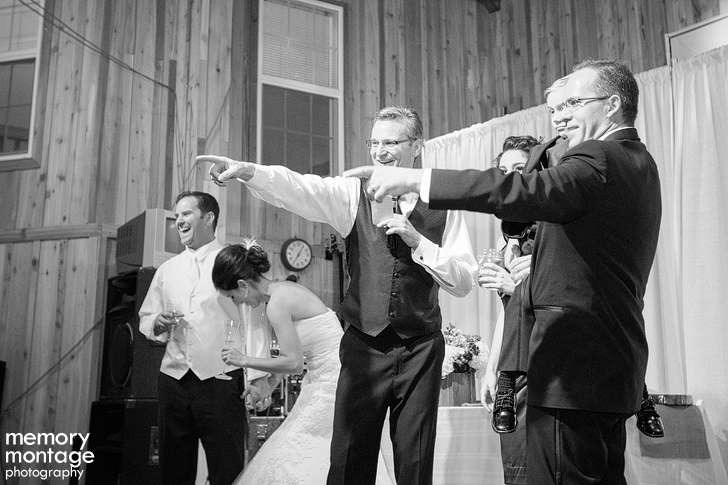 fun candid wedding photography yakima atraya david chambers