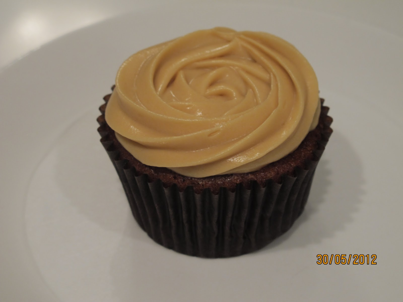 It's all about family and food: Sticky Date Cupcakes with ...