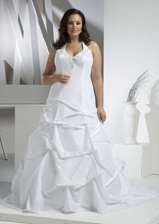 Cheap plus size wedding dress hairstyles and fashion for Discount plus size wedding dresses