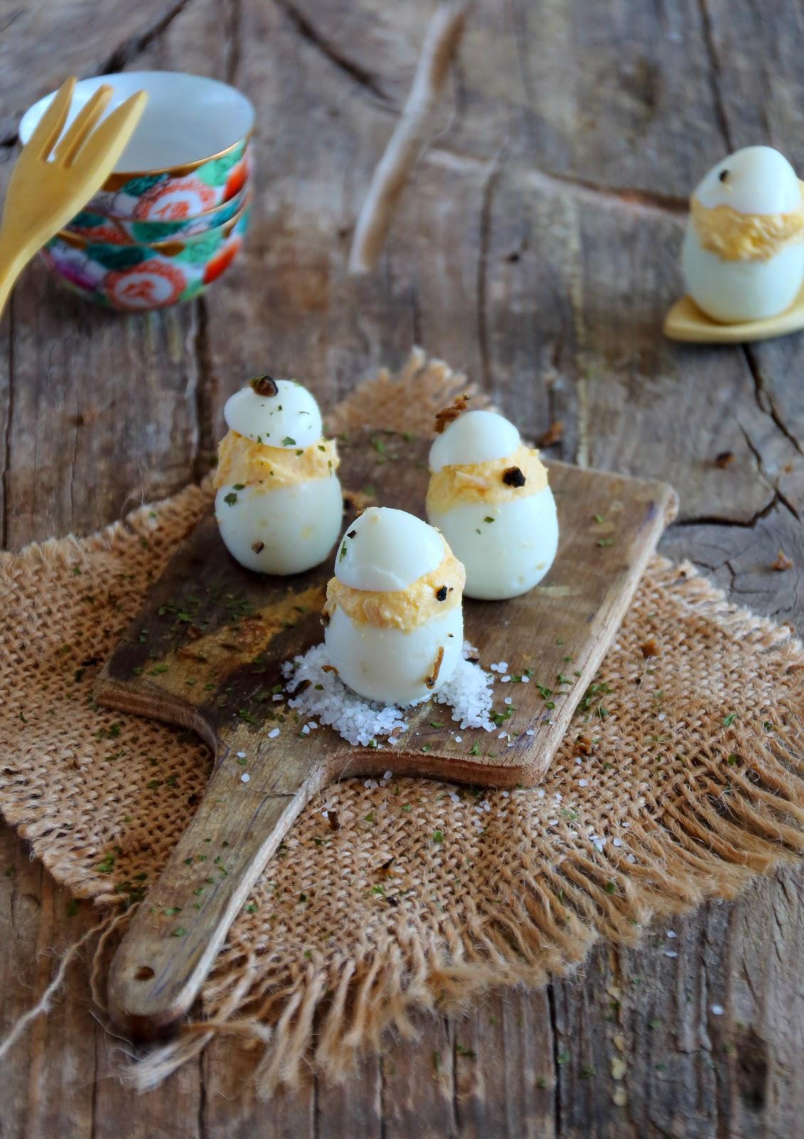 Huevos de codorniz rellenos de atún migrandiversion