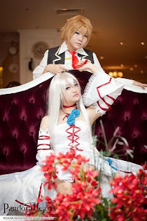 Pandora Hearts cosplay by Melisa and Celine