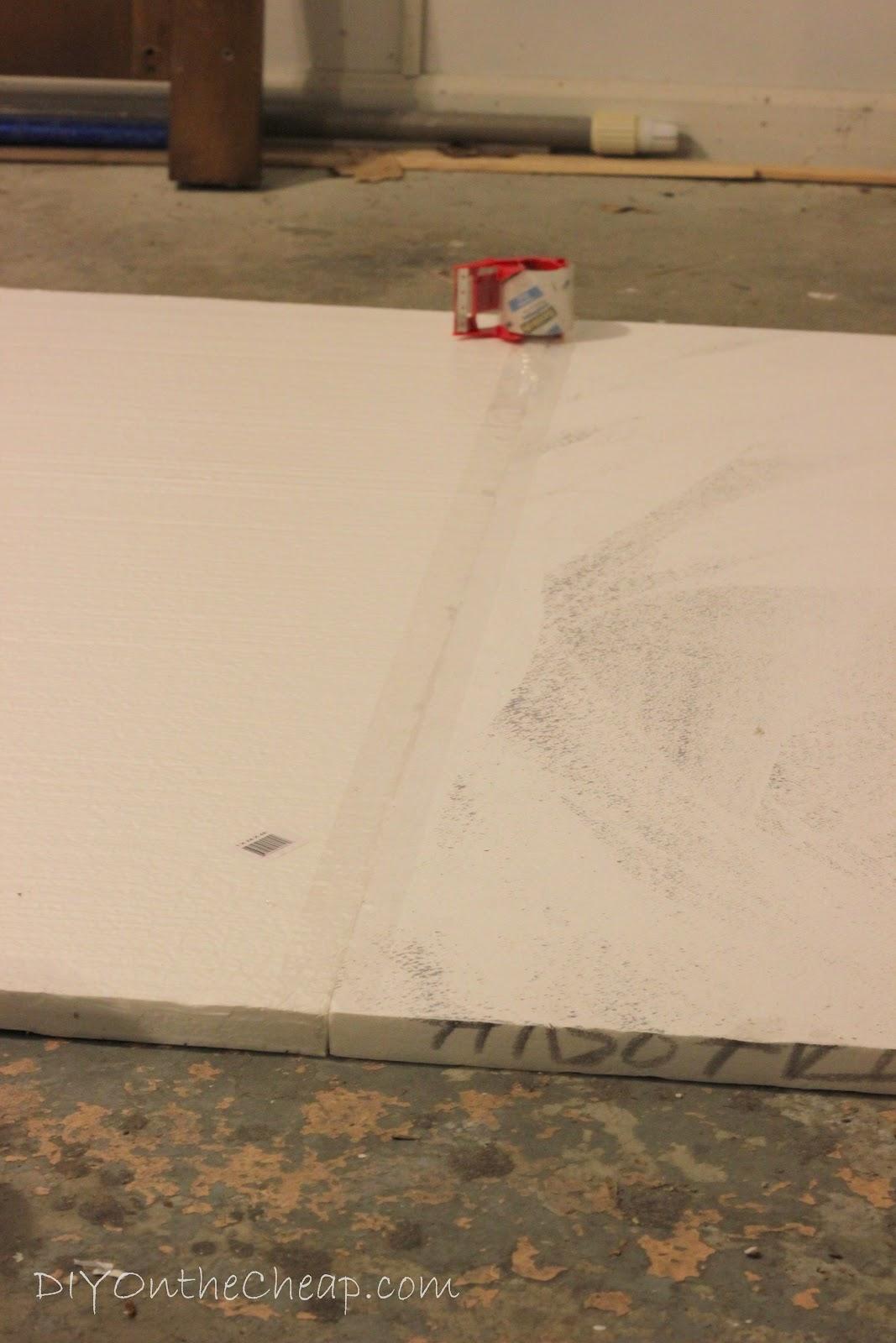 http://2.bp.blogspot.com/--op0hiCg6Hk/T9pmrCqKfvI/AAAAAAAABgI/3TpTARl7fic/s1600/quatrefoil+wall+art+process5.jpg