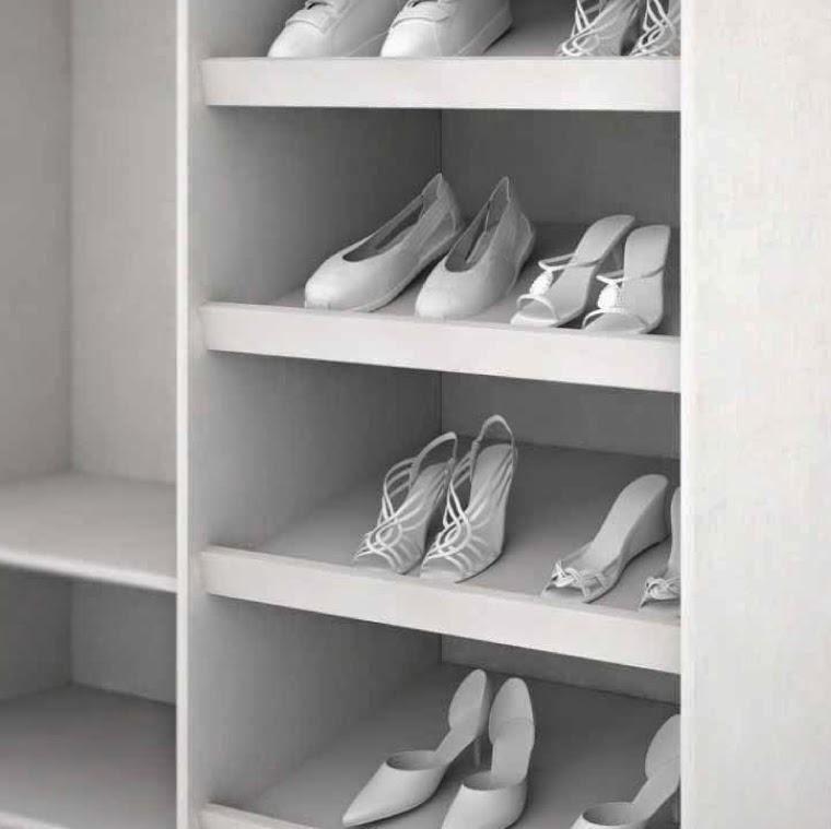 Organizaci n en el armario empotrado accesorios cocinas for Zapatero empotrado