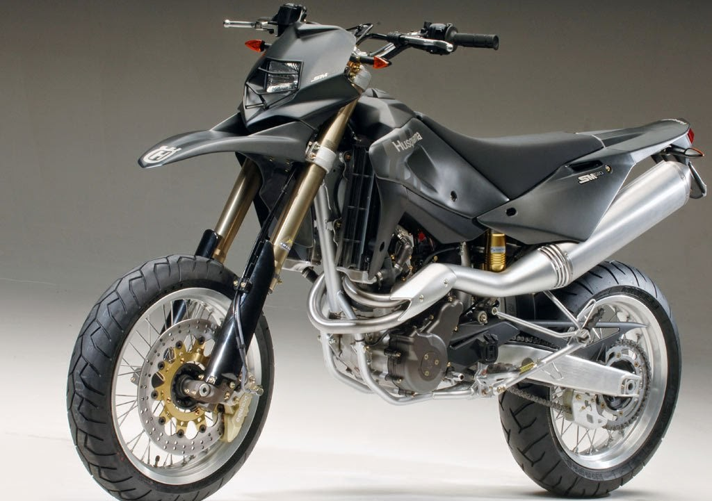 Husqvarna SM610 Black Bikes HD Wallpapers