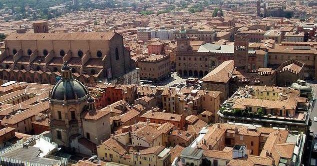 Bologna la dotta e la fiera del libro per ragazzi ora italia - Fiera del bagno bologna ...