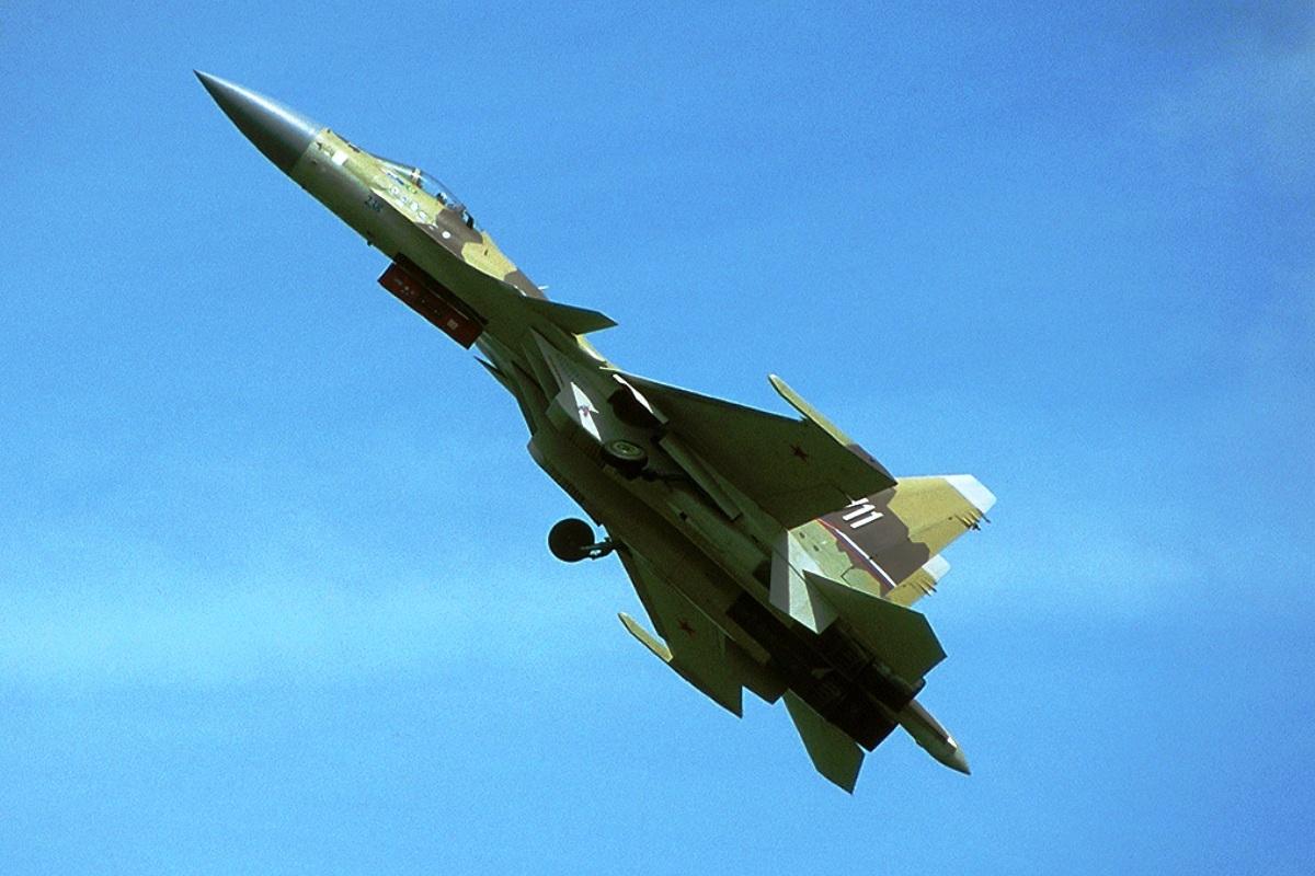 http://2.bp.blogspot.com/--pKcQngbCu0/T74SLVYg3rI/AAAAAAAAB0s/o3GLCSP0g0o/s1600/Sukhoi-Su-37-Flanker-F-2.jpg