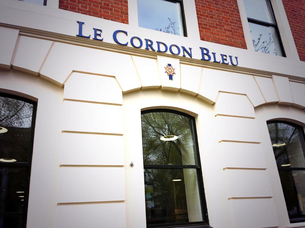a taste of cordon bleu london joie de vivre. Black Bedroom Furniture Sets. Home Design Ideas