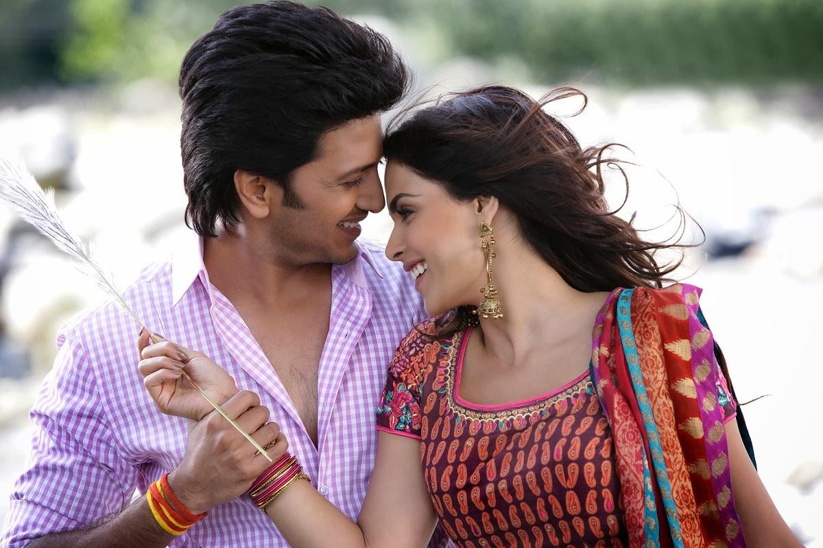 lovely couples free hd wallpaper download: ritesh deshmukh & genelia
