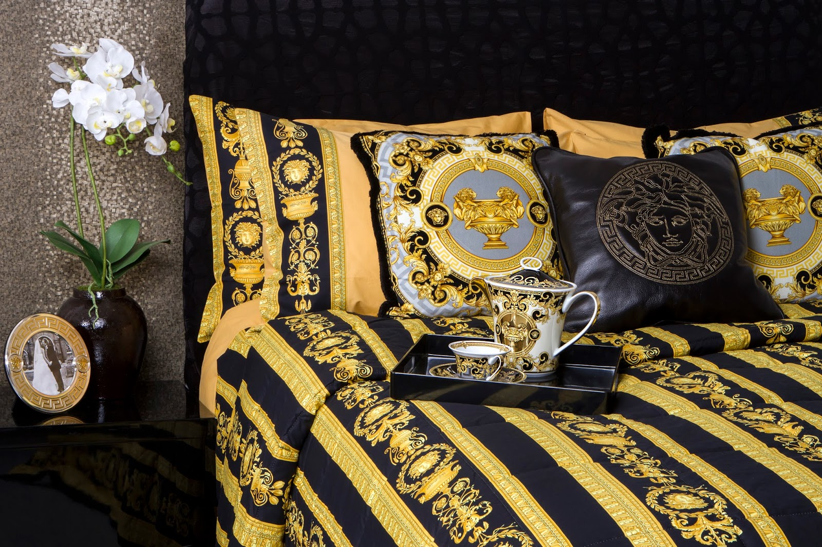 Versace Bed Linen Part - 21: Shop U0026 Discover More From The Collection HERE, And Check Out My Favourite  Picks Below... (and Donu0027t Forget To Tell Me In The Comment Box What Youu0027d  Love ...