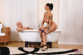 Teen Nude Girl - rs-8074022-778069.jpg