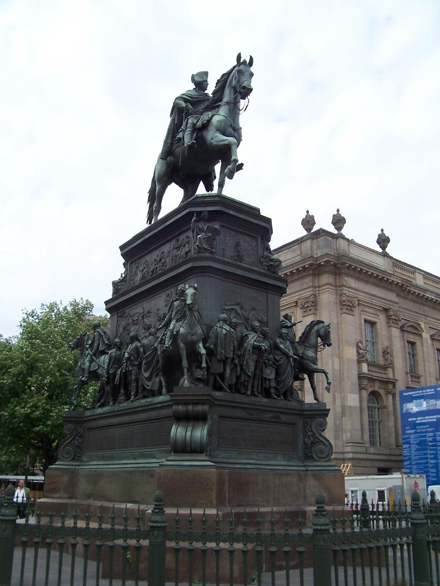 [Bild: Fridericus+rex+-+Friedrich+der+Gro%25C3%259Fe.JPG+2.JPG]