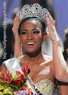 Miss_Universe_2011_Crowned_Leila_Lopes