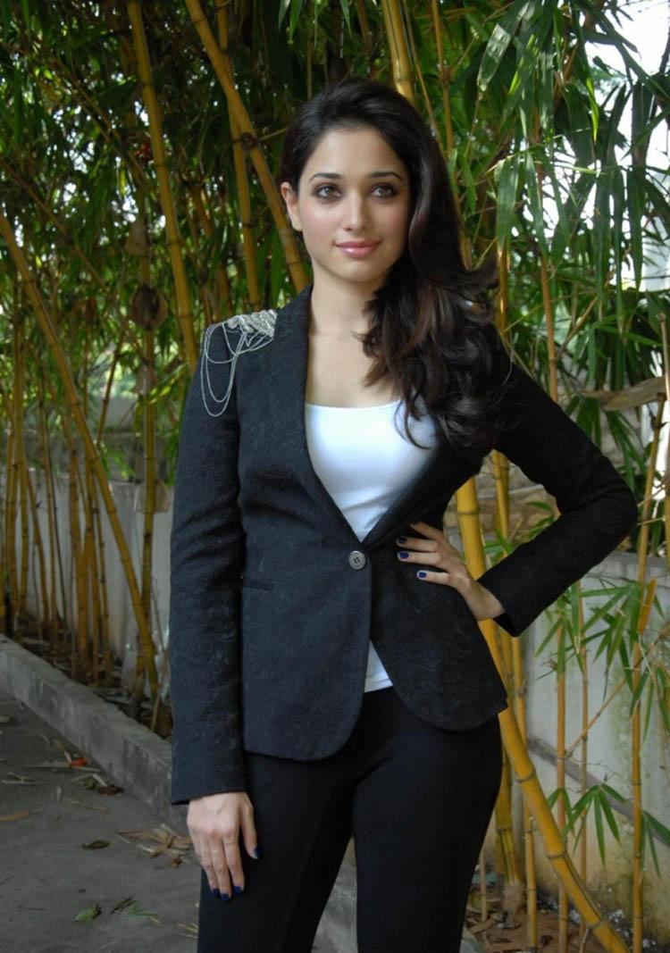 hd wallpapers: latest hd wallpapers of tamanna bhatia