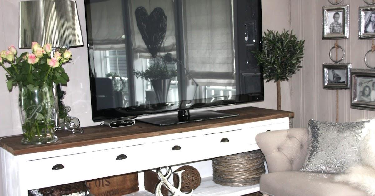 DAISYS HOME: oppdatert TV vegg