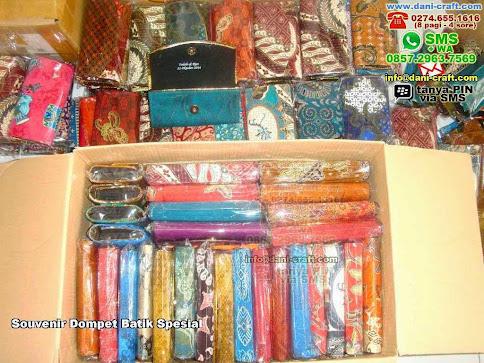 Souvenir Dompet Batik Spesial Karton Batik Batam