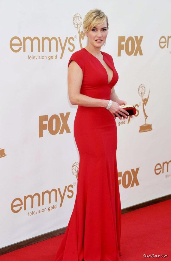 modelings: Kate Winslet looks Gorgeous in Red Dress at ...