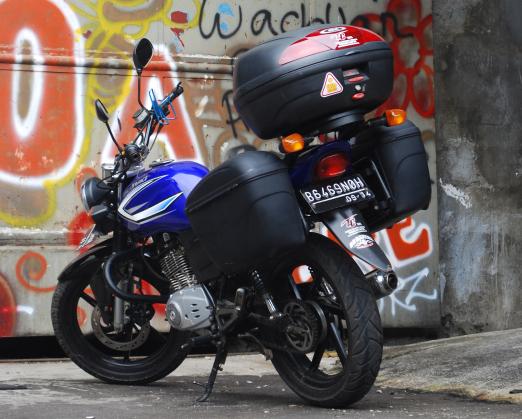 Suzuki Thunder 125 Modifikasi Touring