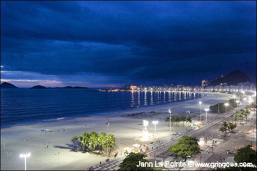 Brasil: Copacabana deve receber 2 milhões de pessoas na passagem de ano