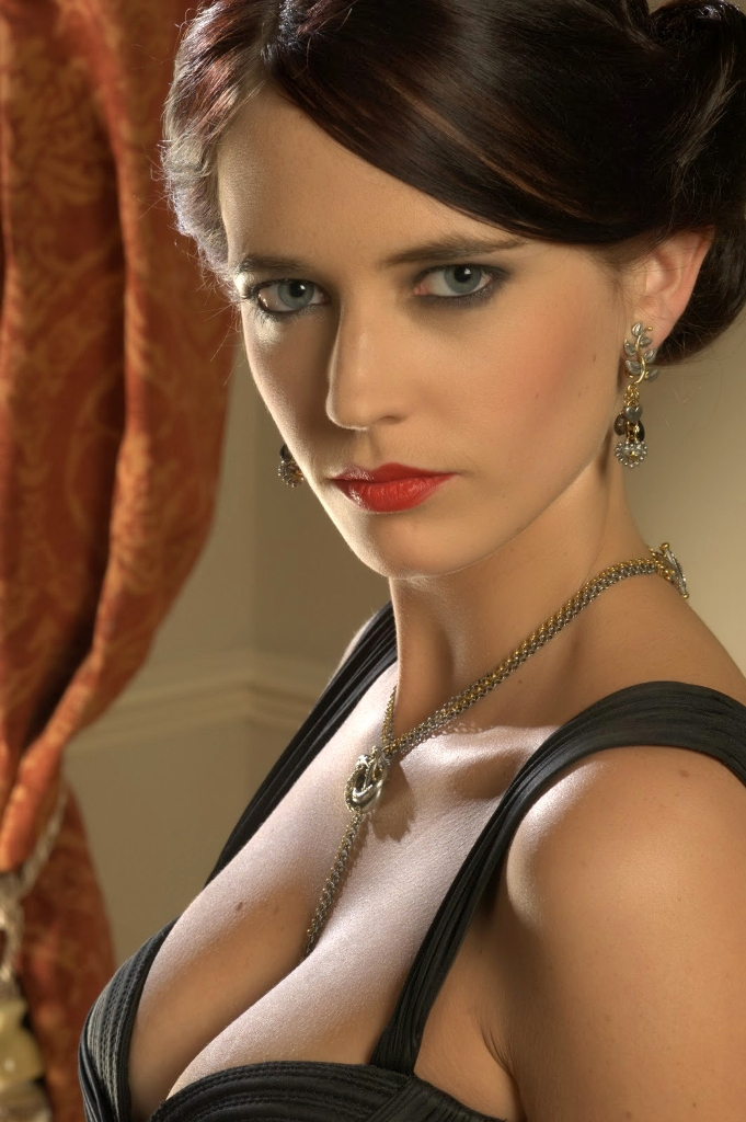 Eva Green Nude Gallery 17
