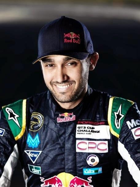 أمير سعودي يقود سيارته في سباق هانكوك دبي 24 ساعة