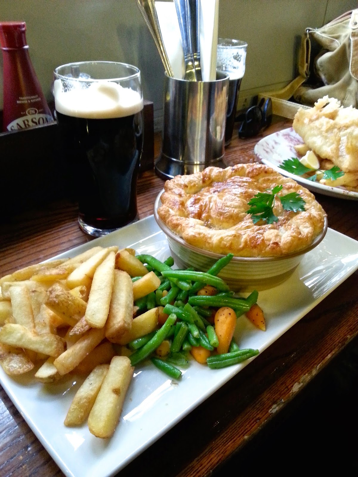 Chicken and mushroom pie (29 Things I Learned in London) @TheBareMidriff