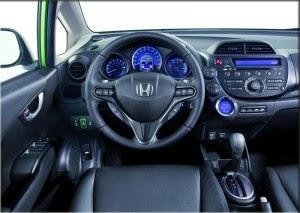 Honda-Jazz-Hybrid-Dashboard-Drive