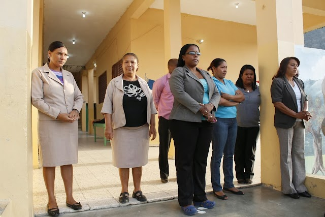 Presidente Medina: Felicita Maestros en su Día