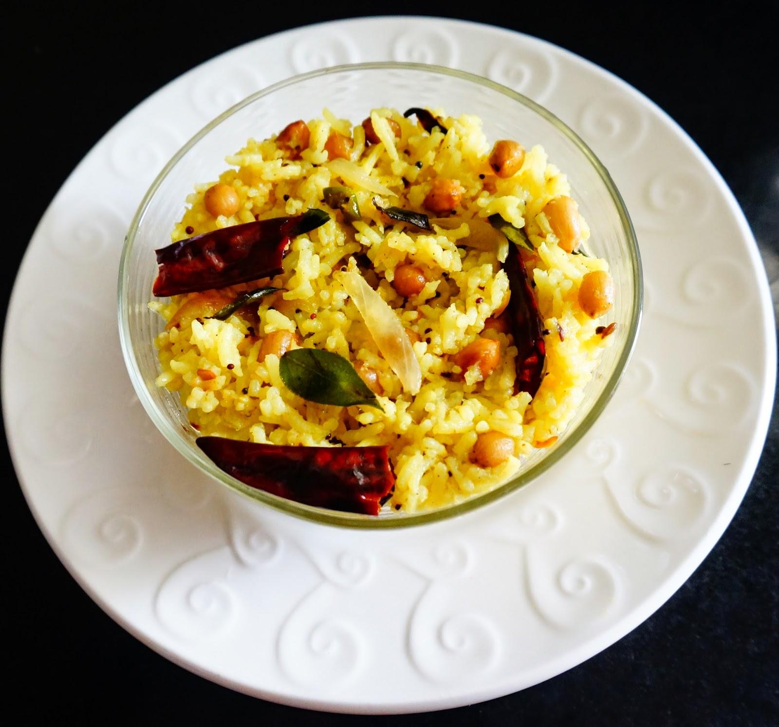 Vegetable poha, flattened rice, healthy recipe, easy recipe, breakfast, snack