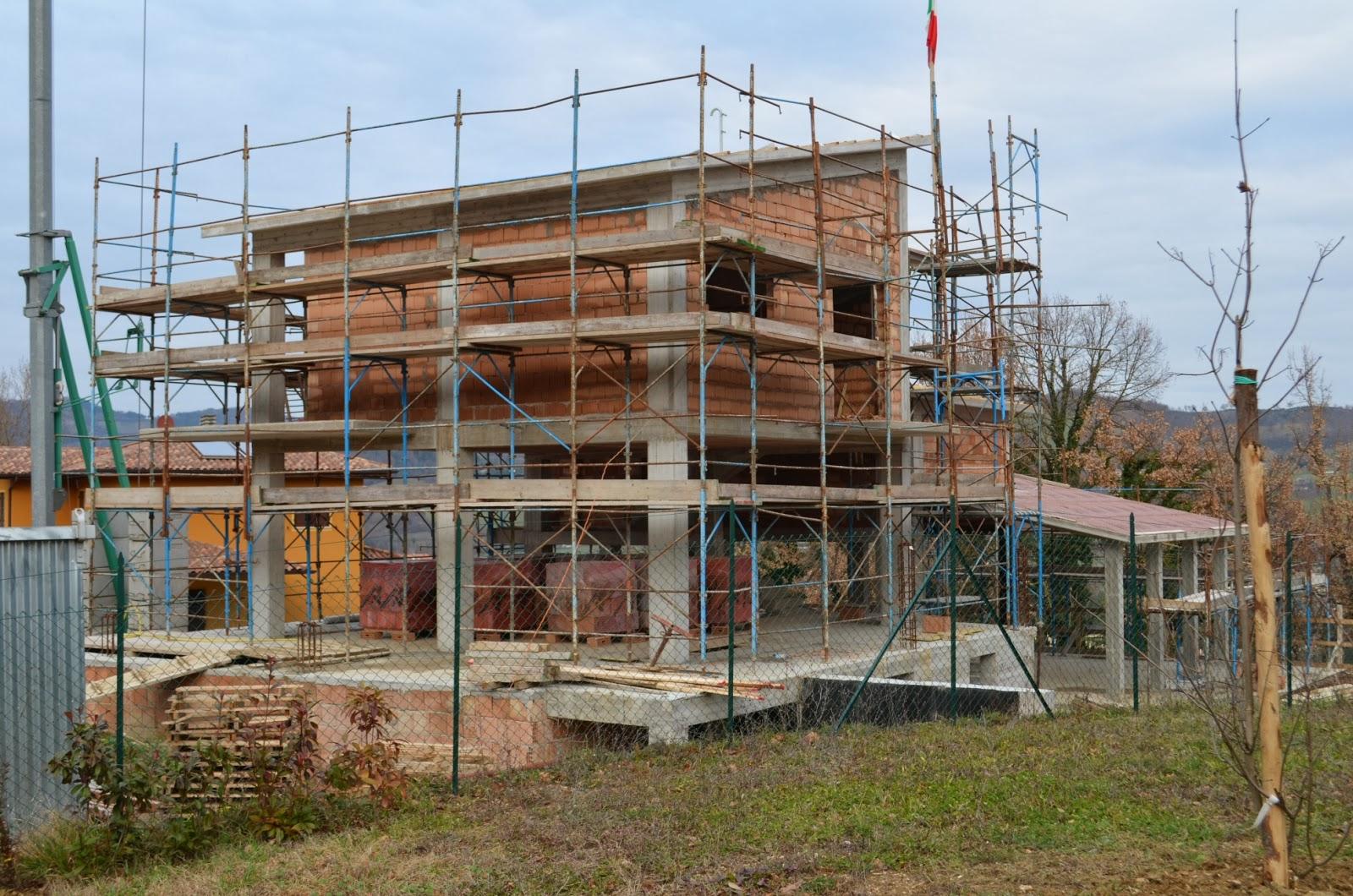 Casa delle ginestre fine d 39 anno con i tamponamenti esterni - Tamponamenti esterni ...