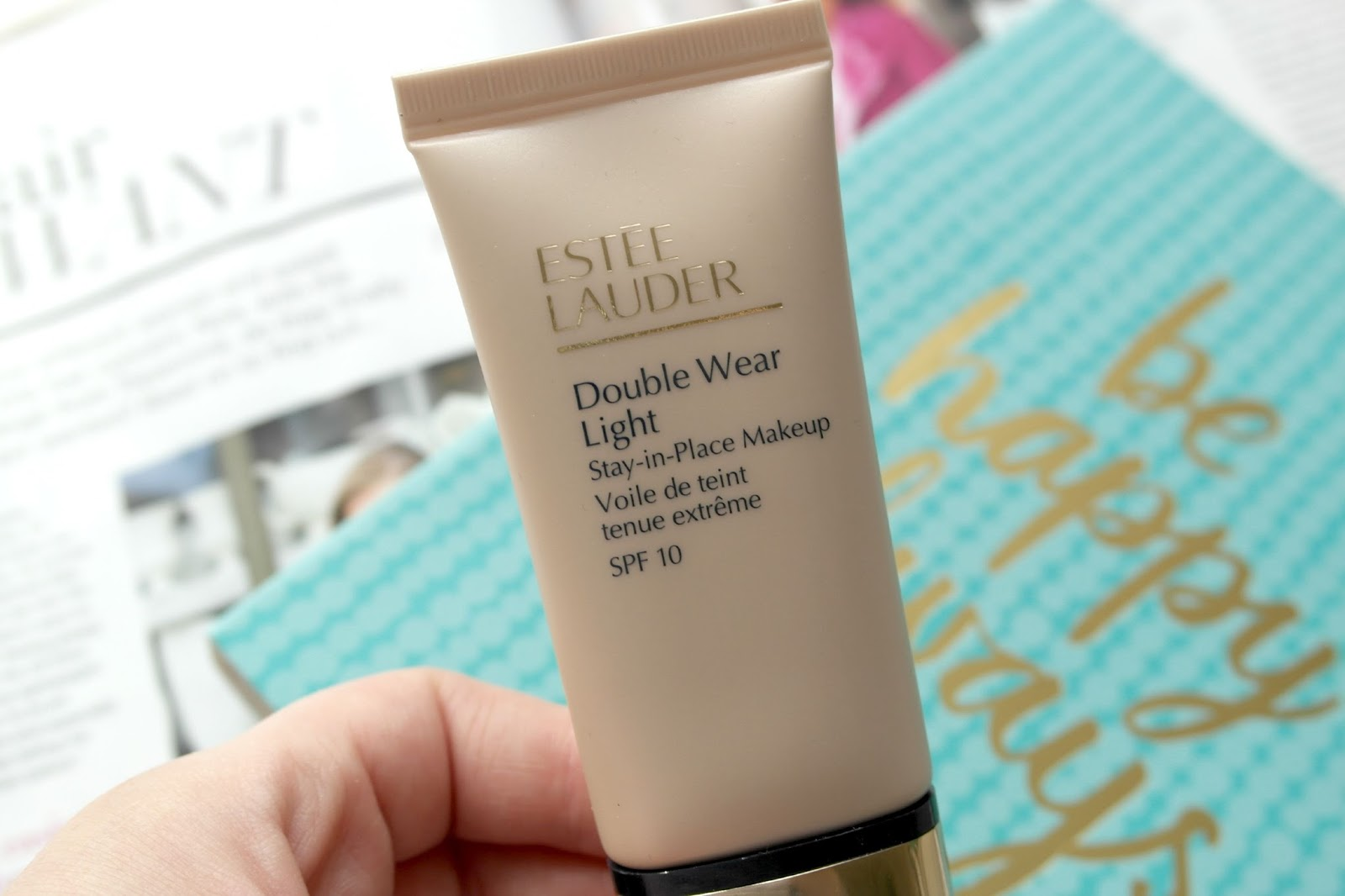 ESTÉE LAUDER DOUBLE WEAR LIGHT FOUNDATION IN 0.5 - amyjanealice
