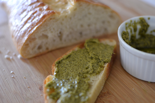 casual glamorous: Parmesan Crusted Pesto Grilled Cheese