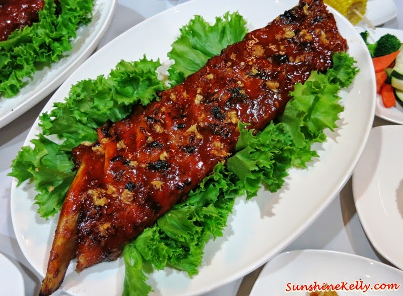 full rack of ribs, Father's Day, Feast on Ribs, Chicago Rib House