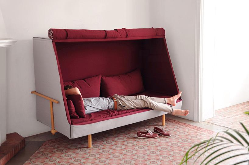 Escape del mundo con esta cama de día que elimina la iluminación y los ruidos