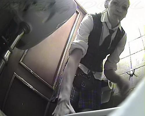 SOOOOOOO restaurants spying pissing videos closely