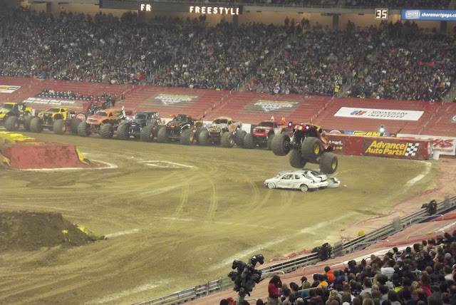Advance-Auto-Parts-Monster-Jam-Ford-Field