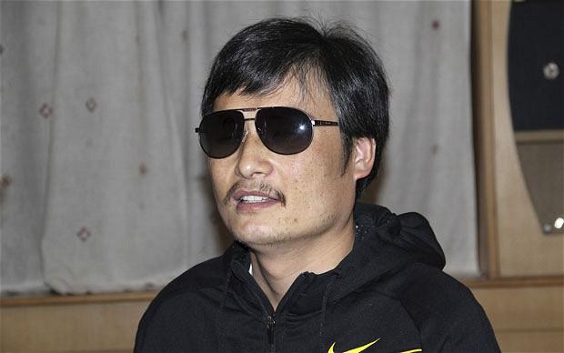 http://2.bp.blogspot.com/--t8kB8z-zKk/T9Jt5hTvrDI/AAAAAAAACg0/cCR6E93zGY4/s1600/Chen-Guangcheng_2205953b.jpg