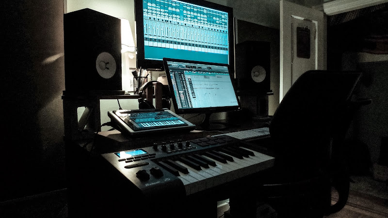 Mark Dolmont Sound Design & Music Production