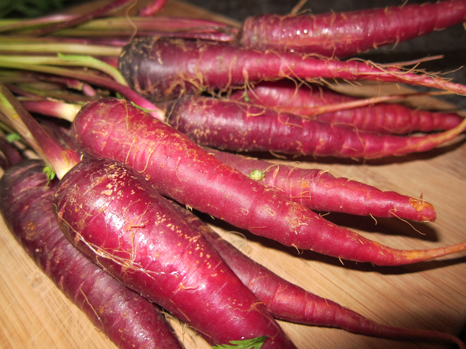 Round Roast with Purple Maroon Carrots | The Hungry Bunnie