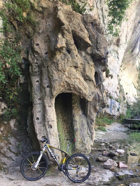 Nacimiento Río Pitarque.