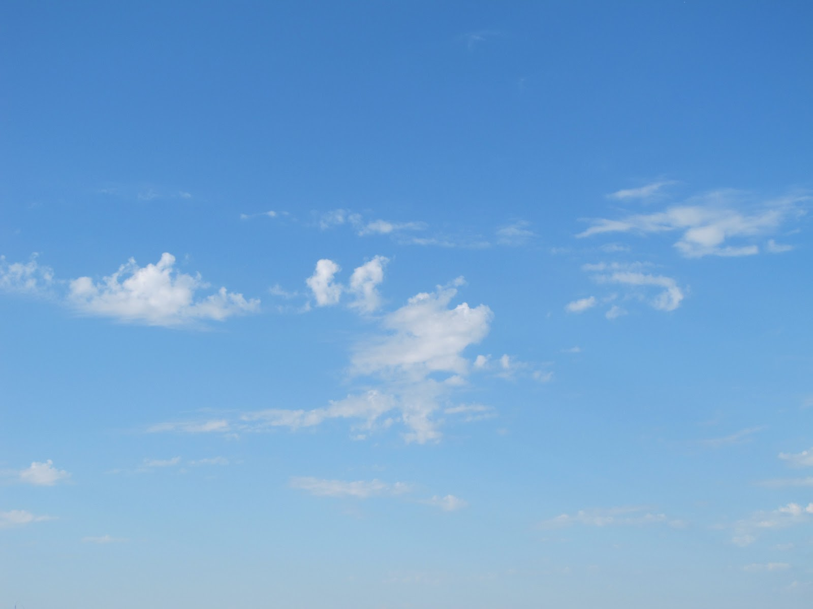 Les merveilles de danielle septembre 2011 - Image ciel bleu clair ...